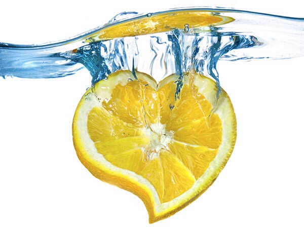 11 Amazing Benefits Of Lemon Water You Didn't Know About!