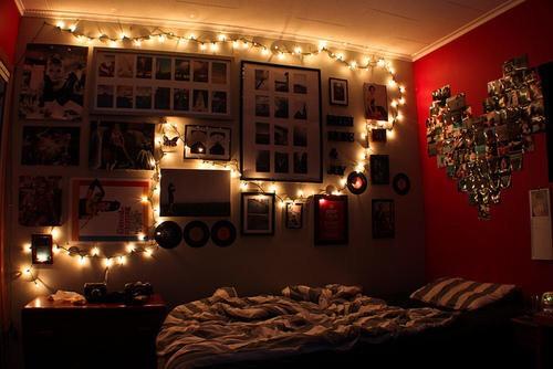 Diy tumblr room trusper for Cool christmas lights for room
