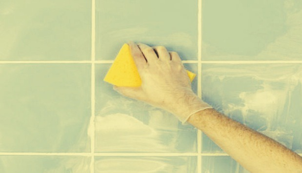 After Cleaning Your Bathroom, Spray Car Wax Onto Surfaces And Rub In To Repel Any Water Marks 🚿