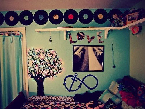 How to tumblr room tips how to get a tumblr room in a few for Retro teenage bedroom ideas
