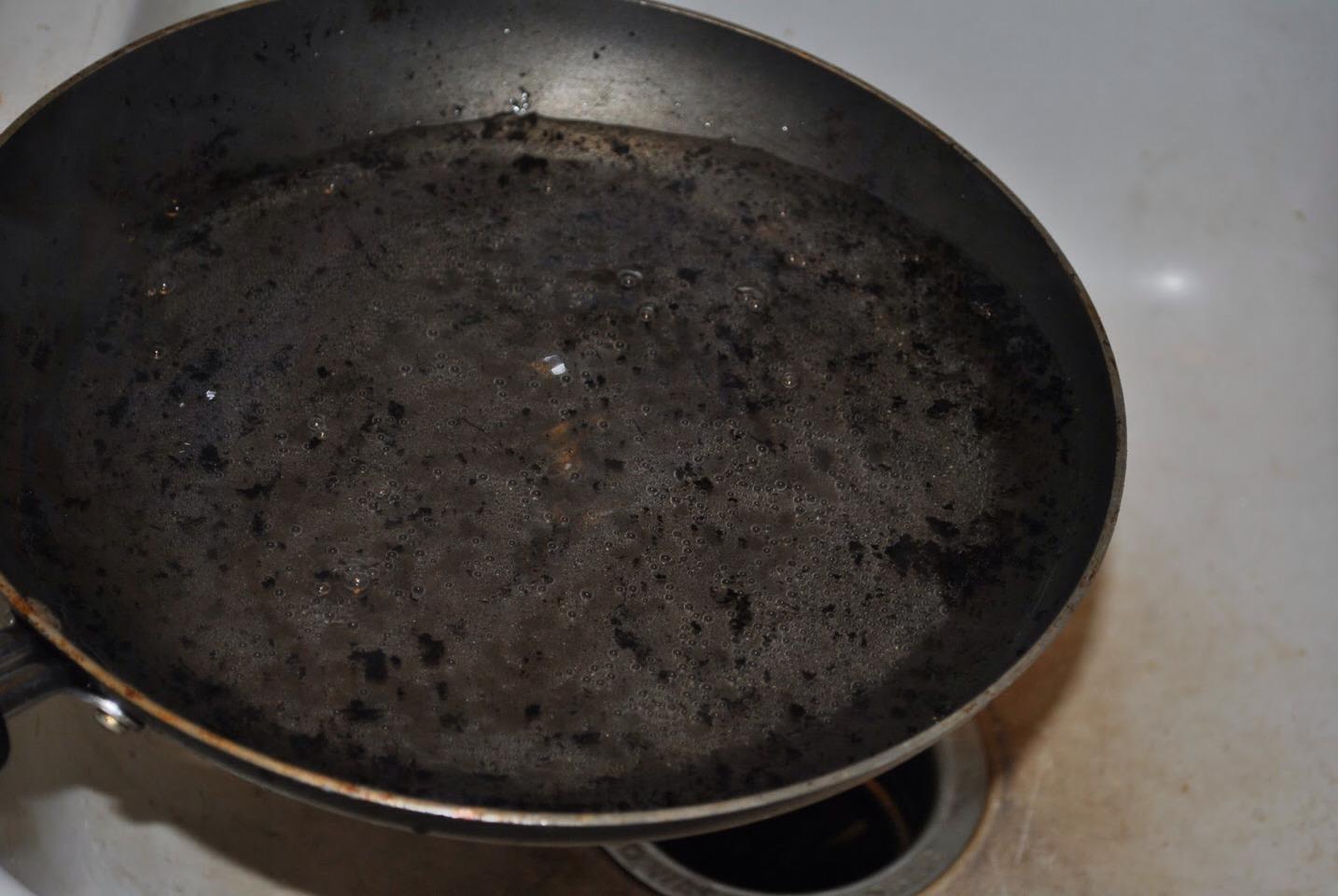 How To Clean Burnt Pans Trusper