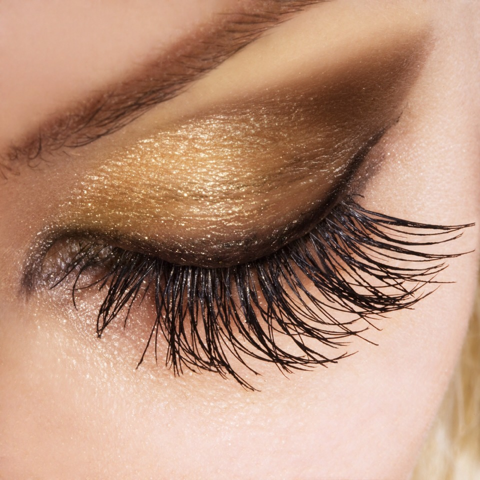 Only Add One Layer Of Mascara To Tips Of Eyelashes If You ...