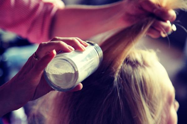 Dry Shampoo Home Remedy!