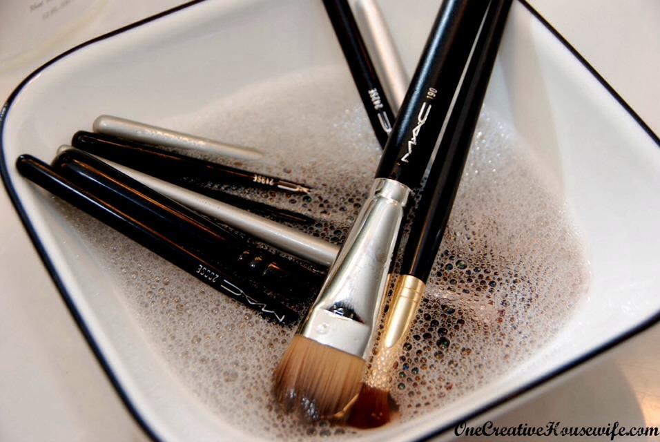 cleaner  Makeup Disinfectant!!  Cleaner And brush  natural Brush makeup Trusper Natural