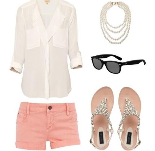 Розовые шорты с чем носить
