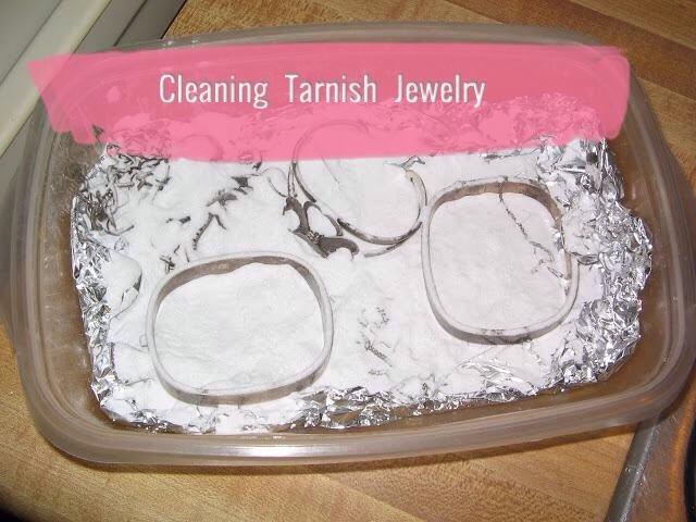 Cleaning tarnish jewelry trusper for How to clean jewelry with baking soda
