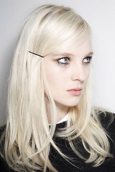 10 Simple Hairstyles You Can Do with Bobby Pins Trusper - Bobby Pin Hairstyles