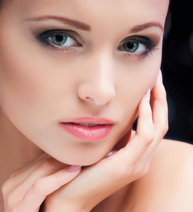 Healthy Youthful Glowing Skin Using GREEN TEA BAGS!!