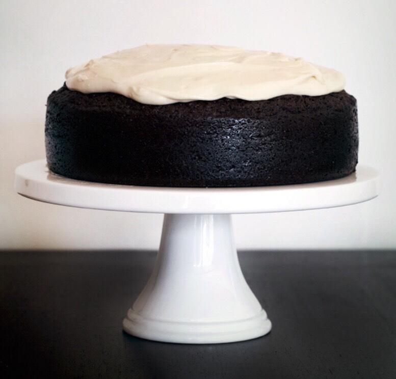 Dark Chocolate Guinness Cake With Bailey's Irish Cream Cheese Icing ...