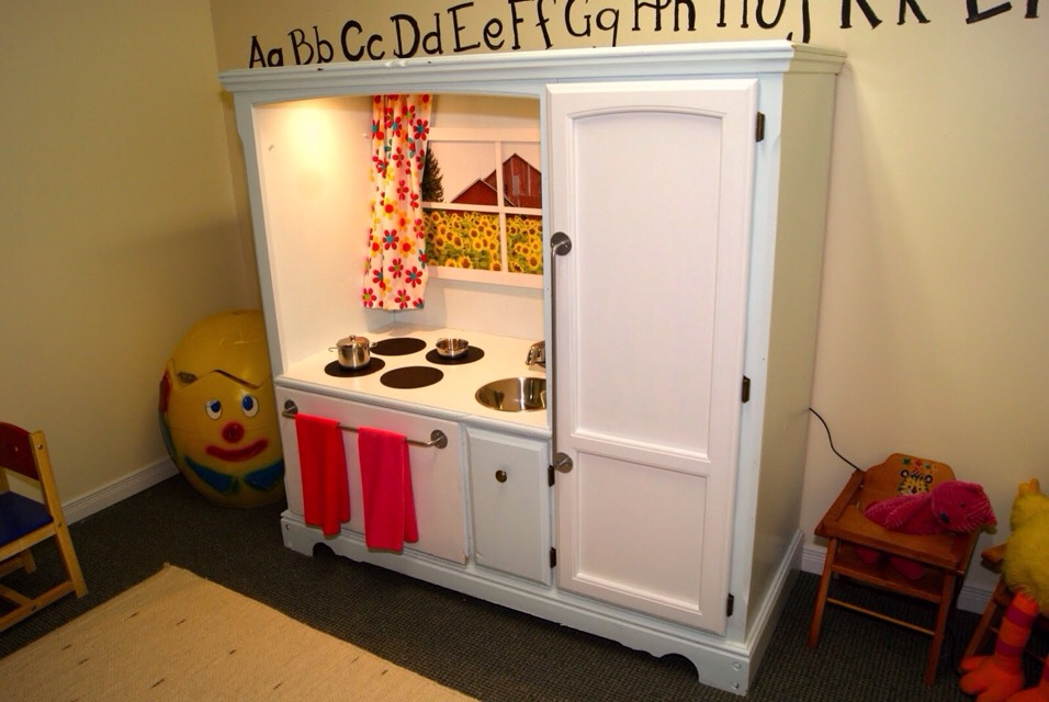 Turn Old Furniture  Into A Mini Kitchen Set For The Kids. Cheap And Easy!