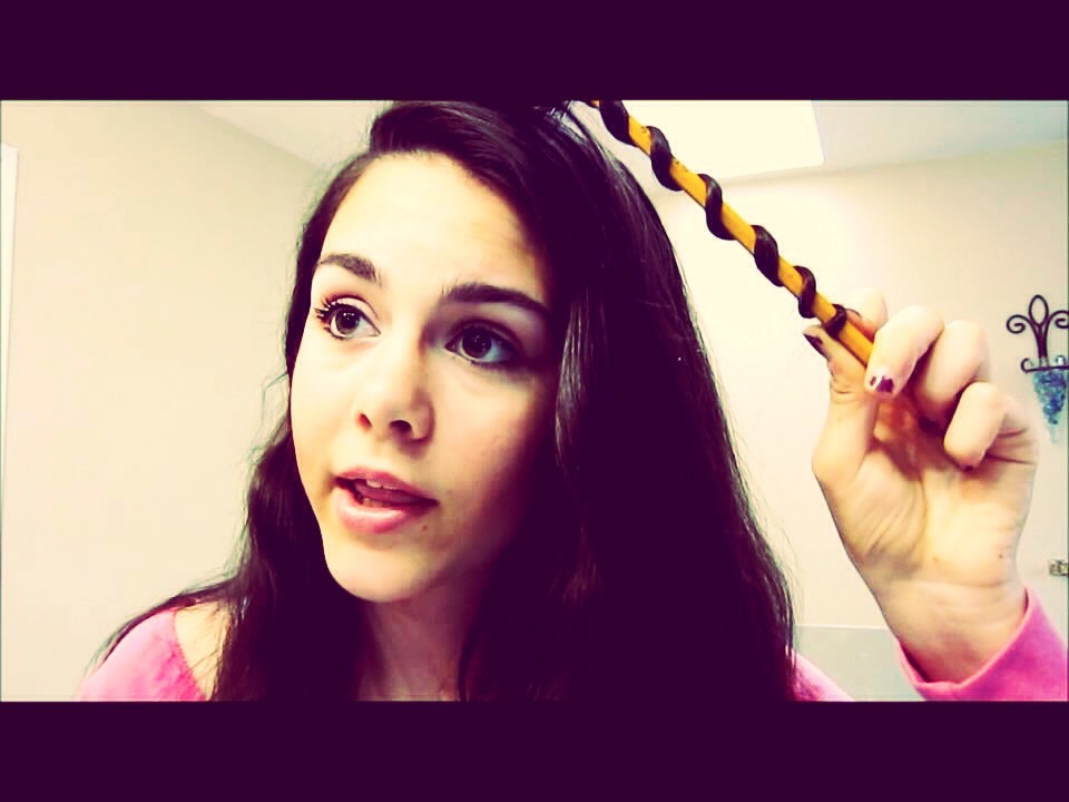 How To Curl Hair With A Pencil How To Get Loose Curls Your