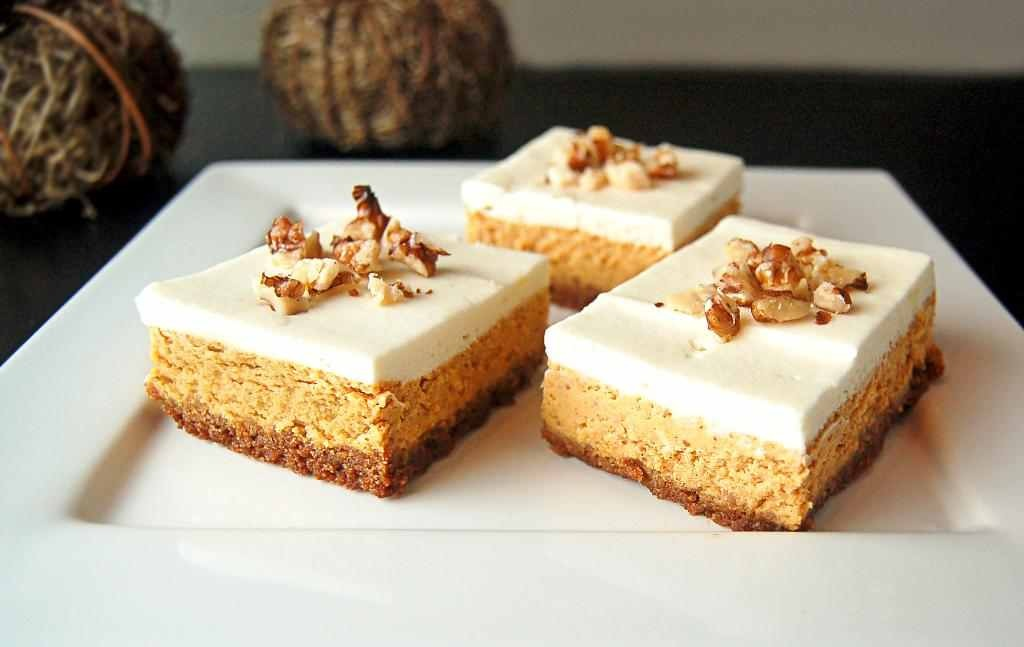 How To Make Pumpkin Cheesecake Bars | Trusper
