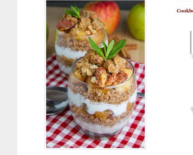 Apple Crumble Quinoa Parfait | Trusper