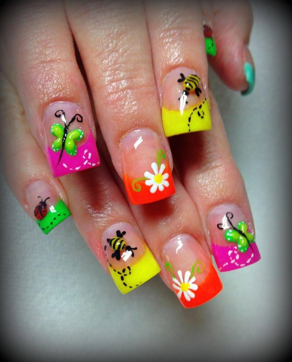 Рисунки на ногтями летние