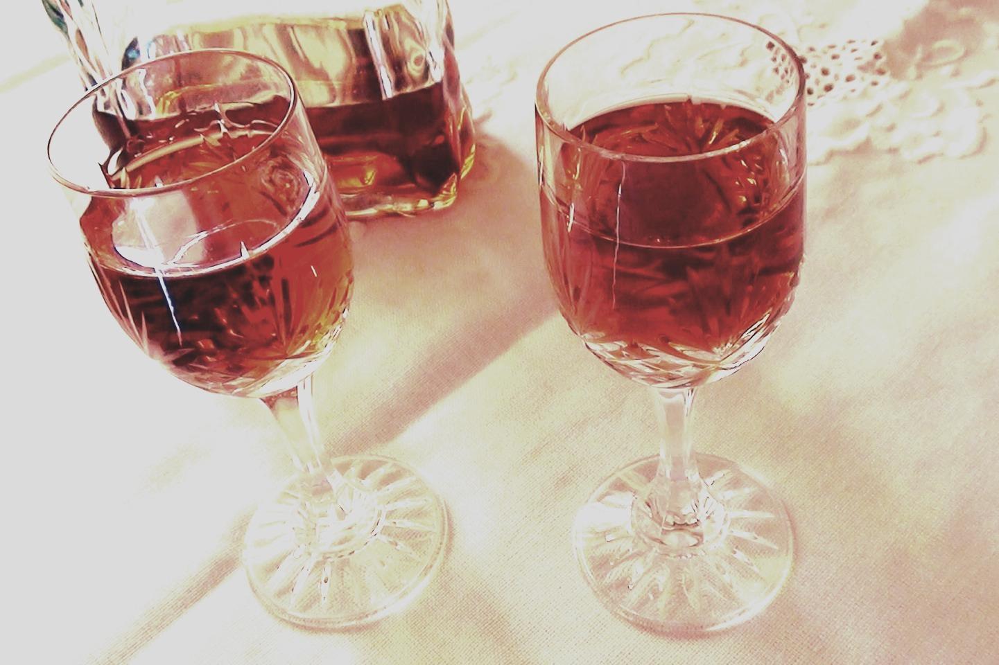 DIY Amaretto Liqueur :) | Trusper