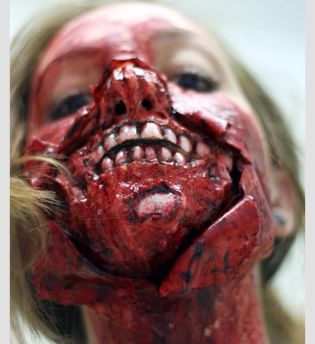Zombie Halloween Makeup Ideas! 👻   Trusper