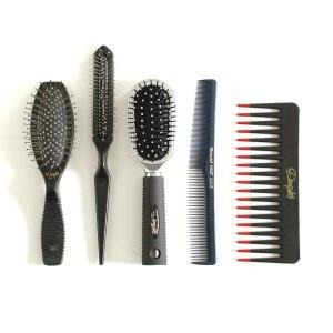 Simple Way To Clean Your Combs And Hair Brushes!