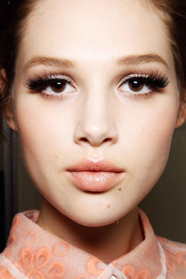 11 Makeup Tips For Brown Eyes! : Trusper
