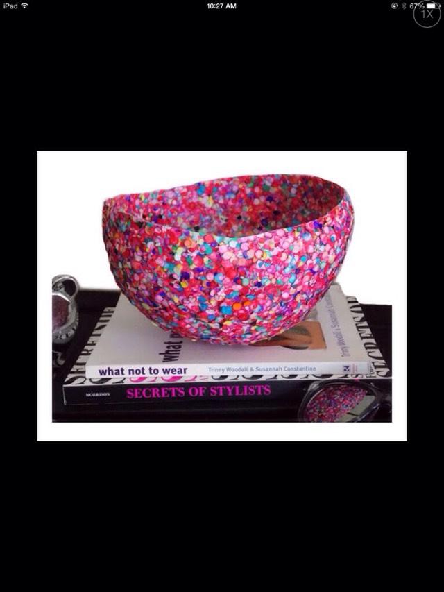 Diy glitter bowl trusper for Glitter bowl