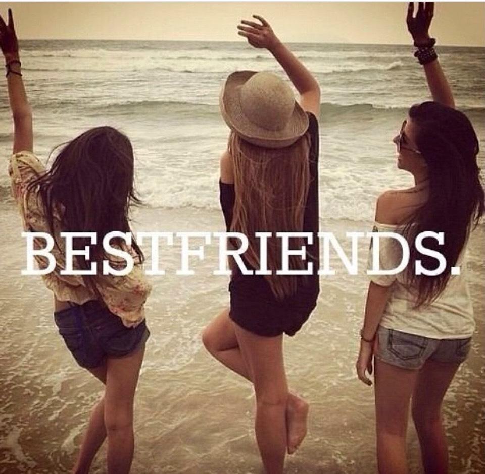 Фото девушек с друзьями 11 фотография