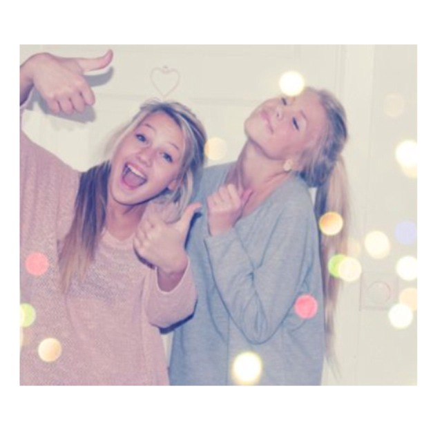 cute ways to take pictures with your best friend trusper