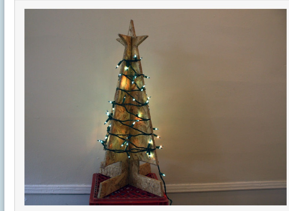 Create your own flat wooden stand up christmas tree trusper for Build your own tree stand