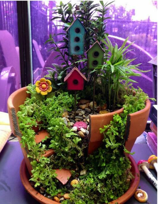 Turn broken pots into diy fairy homes!!!