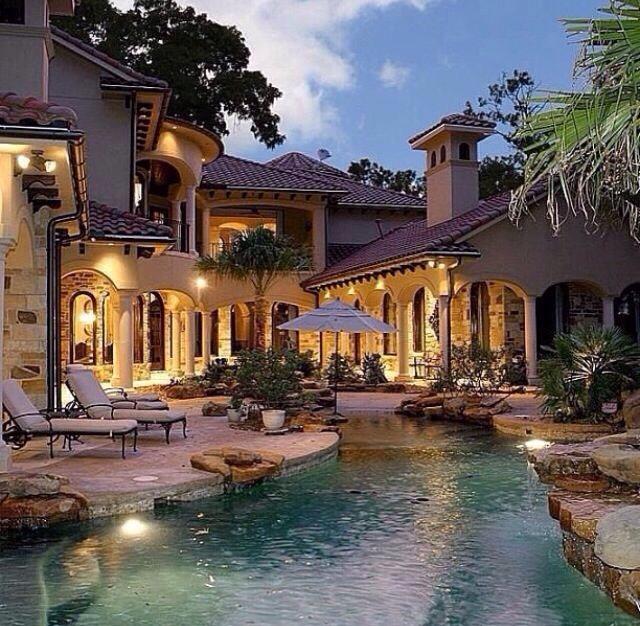 Amazing dream houses trusper for Amazing dream houses