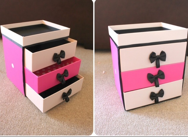 How To Make Makeup Organization Drawers Out Of Subscription Boxes. (: