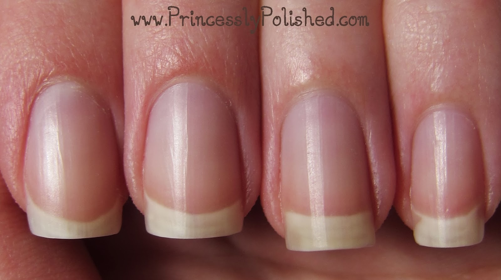 how to maintain nails clean
