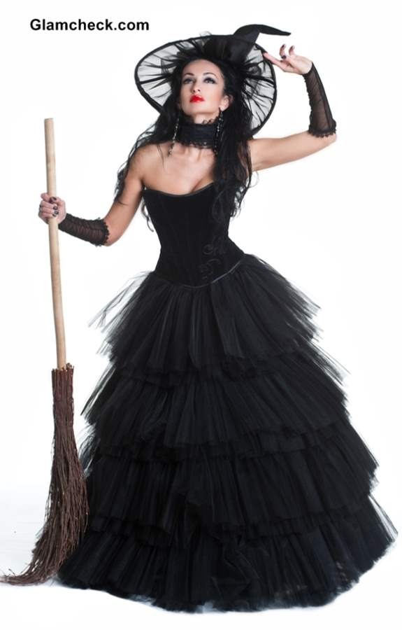 Costume Ideas With Long Black Dress Witch Get a Long Black Dress
