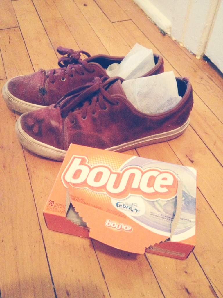 How to Make Tennis Shoes Smell Better | eHow