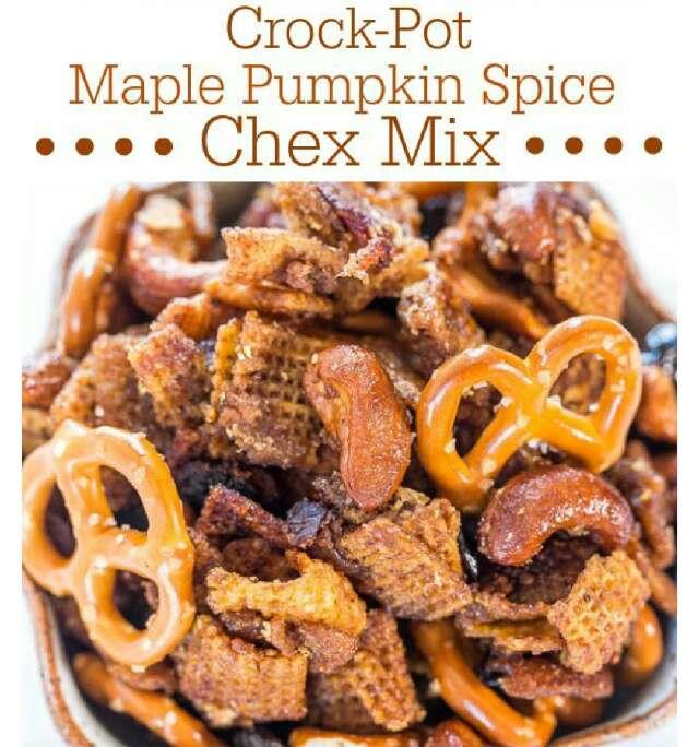 Crock pot Pumpkin Spice Chex Mix!