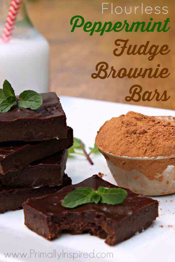DELICIOUS flourless Peppermint Fudge Brownie Bars ...