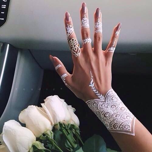 Silver Henna Designs 😍💞