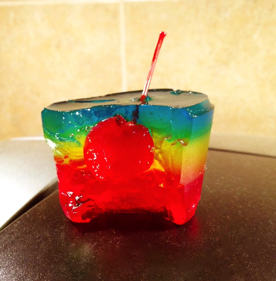 Rainbow Cherry Jello Shots! Yum! | FollowPics