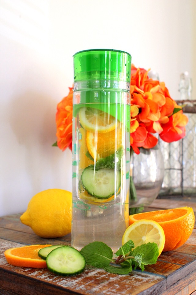 3 DETOX WATER RECIPES: BELLY SLIMMING, ANTI-BLOATING, CRAVING CONTROL