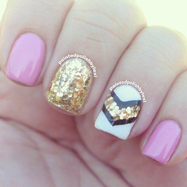 Super Cute Pink, White, Gold, & Navy Blue Nail Design