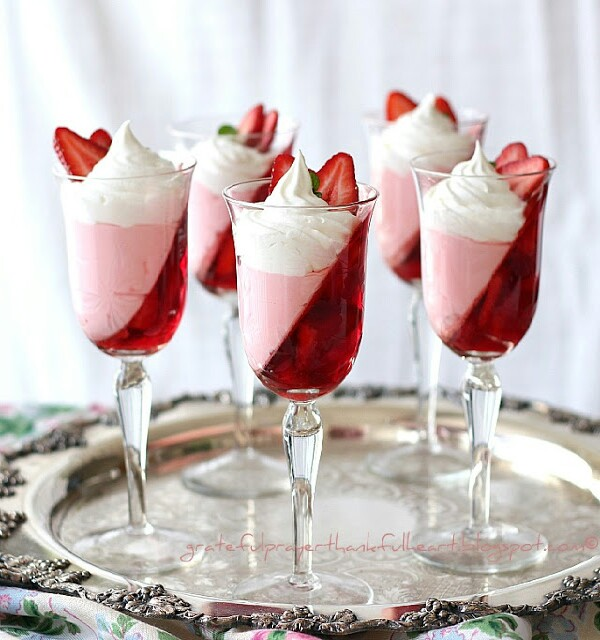 Make Jell O Strawberry Parfait And Wow Your Guests
