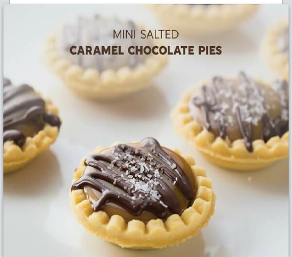 Mini Salted Carmel Chocolate Pies!
