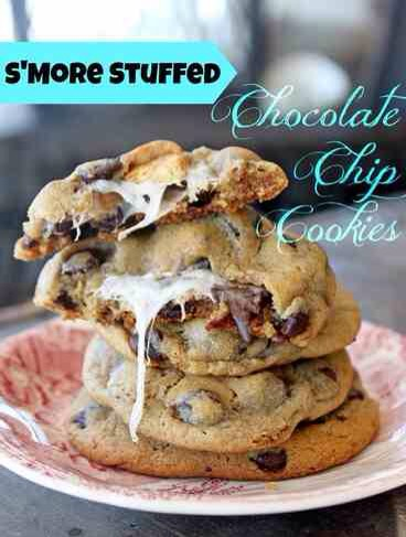 S'more Stuffed Chocolate Chip Cookies🍪🍫😋 #tipit