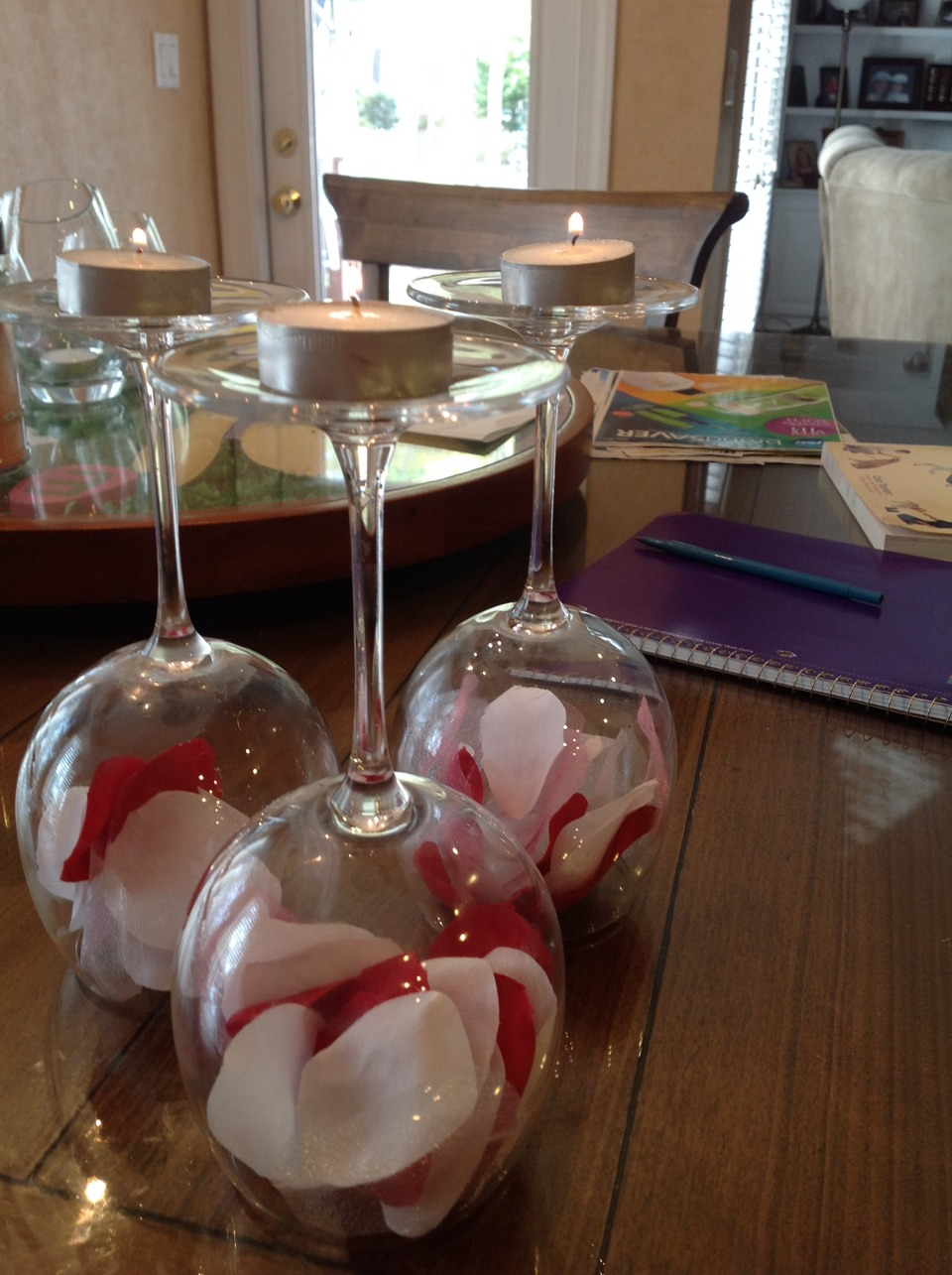 a simple way to decorate wine glasses candles and any
