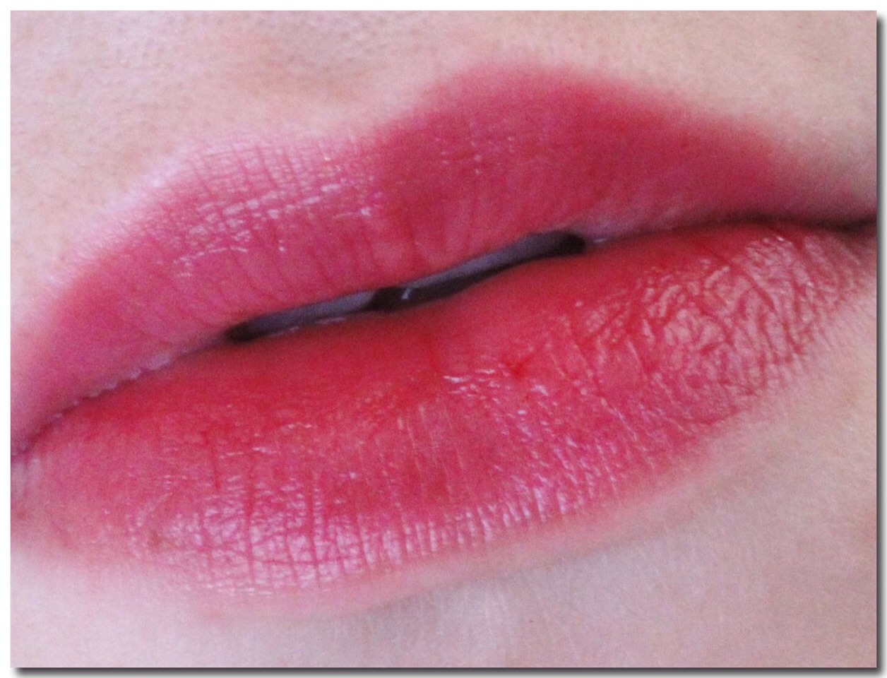 How To Get Lip Stain Off Your Lips : Trusper