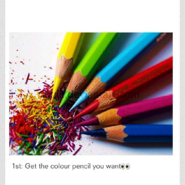 Make eyeliner from colour pencils