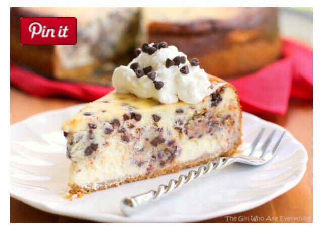 """ Delicious Chocolate Chip Cookie Dough Cheesecake"""