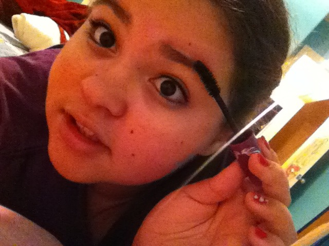 how to make your eyebrows look thicker and fuller