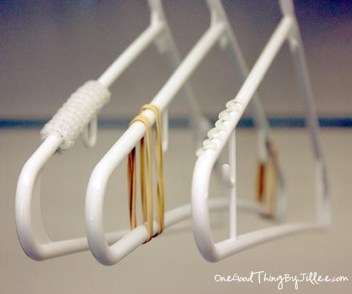 How to make plastic hangers non slip trusper for Perchas con ganchos
