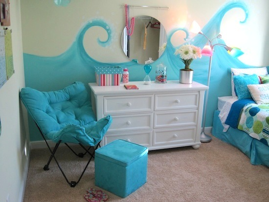 Diy beach themed bed rooms trusper for Beach themed rooms for girls