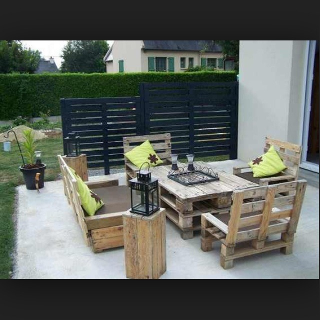 Cool Things You Can Do With Old Pallets Trusper