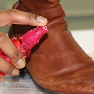 tips for cleaning leather boots spray water with white